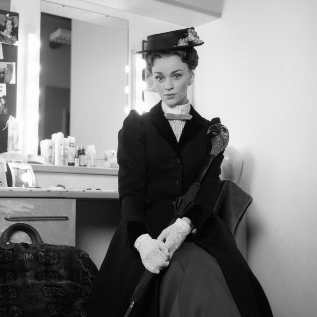 "Lisa O'Hare as Mary Poppins in ""Mary Poppins"""